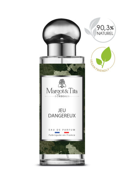30ml perfume Dangerous game from the brand Margot&Tita. Woody scent composed on top of cardamom, bergamot and lemon. In heart cedarwood, cashmere wood, honey and in base vanilla, sandalwood, musky.