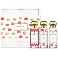 "Trio gift box What a gourmand with 3 30ml perfumes ""Little whim"", ""Fiery kiss"" and ""So we dance"" by Margot&Tita. Discover sweet, fruity and vanilla notes."