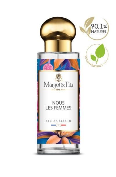 30ml perfume Us Women from the brand Margot&Tita. Fruity scent composed on top of blackcurrant, candyapple, passion fruit, in heart, raspberry, rose, jasmin and in base musk, sandalwood, vanilla.